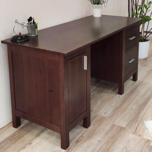 Szilaj íróasztal